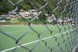 小さな町でも立派なサッカー場。さすが南米!